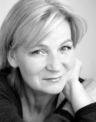 Caroline Guthrie Headshot