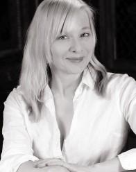 Karen Krizanovich Headshot